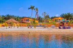 Romano Lodge, baie de milliardaires,, Azito