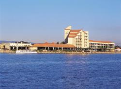 The Lakes Resort Hotel, 141 Brebner Drive, 5021, Adelaida