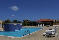 Aruba Breeze, j.e.Irausquin boulevard,   232A eagle beach,, Druif