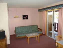 Ponderosa Resort, 7405 Canim Lake Rd. South Box 32, V0K 1J0, Canim Lake
