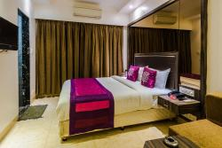 STARiHOTELS Shivaji Chowk Latur, Latur Shivaji Chowk Ambajogai Road Latur,Latur413512,India, 413512, Lātūr