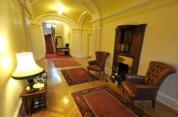 Woodland House Hotel, Newbridge, DG2 0HZ, Dumfries