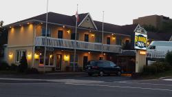 Rainbow Inn, 32 King Williams Street, P1H 1G5, Huntsville