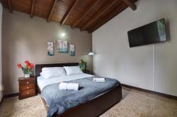 Ivy Hostel, Carrera 44 # 10sur - 4, La Aguacatala, 050021, El Poblado