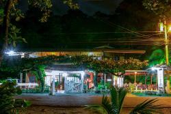 Hotel La Isla Inn, Playa Cocles, 70403, Puerto Viejo