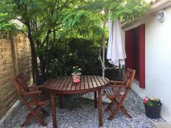 La Maison de l'Amour, 3 Boulevard Grisolle, 83670, Barjols