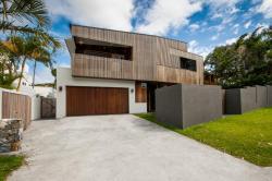 Aria Beach House, 10 Ross Crescent, 4567, Sunshine Beach