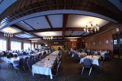 Wabush Hotel, 9 Grenfell Drive, P. O. Box 700, A0R 1B0, Wabush