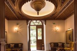 Hotel Argjiro, Gjin Zenebisi Cerciz Topulli Scuare, 6001, Gjirokastër
