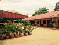 Savet Phom Tmey Guesthouse, Phoum Prek, Sangkat Stueng Treng,, Stœ̆ng Trêng