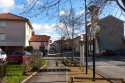 Résidence privative de 3 meublés de caractère, 15 rue de la Mairie, 69290, Saint-Genis-les-Ollières