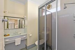 Comfort Inn Moe, 98-110 Narracan, 3825, Moe