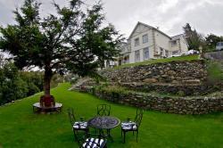Brackenhurst House, Bryn Road , LL38 2HX, Fairbourne