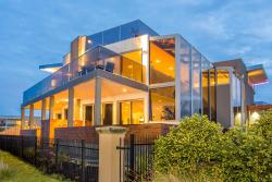 Starhaven Retreat, 13 Calimo Place, Indented Head, 3223, Portarlington