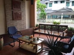 Apek Utama Hotel, Simpang 229, BA2711, 斯里巴加湾市