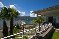 Villa Lago Lugano, via ai ronhi 7, 6816, Bissone