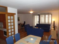 Yellow Brick Apartment, Mis Irbina 18, 71000, Sarajevo