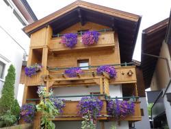 Ferienhaus Hölzl, Nisslweg 3, 6263, Fügen