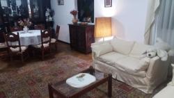 Taty's Cozy House at Residential Zone, Calacoto Calle 14  casi Av .Costanera Pasaje 400 Condominio # 400 casa # 2, 2956, Aranjuez