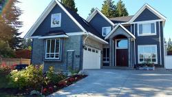 Fuhowe Family Guesthouse, 14698 102A Ave, V3R 1K7, Surrey