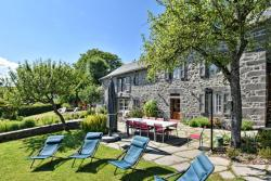 Holiday home Le Bourg, Le Bourg , 15100, Les Ternes