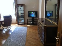 VIP-Apartment, Rashid Behbudov 45, AZ1001, Baku