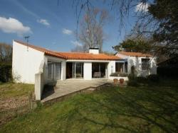 Rental Villa Beau Pavillon Exposition Sud, 43 Chemin De La Conge, 85270, La Parée Preneau