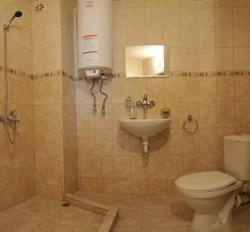 Hotel Prolet, 11 Marin Drinov Str., 9700, Shumen