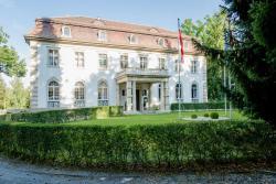 Hotel Villa Altenburg, Strasse des Friedens 49, 07381, Pößneck