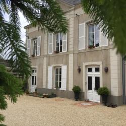 Villa des Glycines, 7, Boulevard Pierre Curie, 79100, Thouars