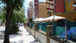 Hotel Ribes Roges, Joan d´Austria 7, 08800, Vilanova i la Geltrú