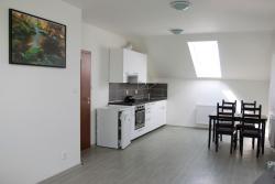Apartmán Zbuzany, Nádražní 363 3 patro, 252 25, Zbuzany