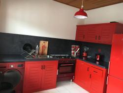 Nandy's home, 60 Petit marché Odza,, Odza II