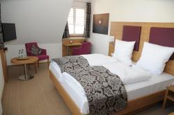 Hotel ten Hoopen Restaurant Deele, Zum Kurgarten 24, 34414, Warburg
