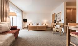 Landhotel Rosenberger, Mitterweg 11, 94110, Wegscheid