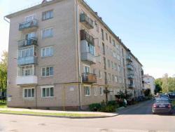 Two-bedroom apartment, ulitsa Markova 13, 222310, Maladzyechna
