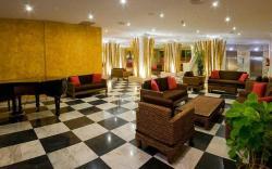 Apartamentos Parque Cattleya, Avenida Santiago Puig, 5, 38650, Playa de las Americas
