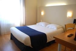Le Bretagne - Hôtel Spa & Sauna, 23 rue Duguay Trouin, 29100, Douarnenez