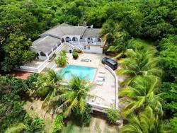 Hacienda Vieques, Carretera 201 km 10, 00765, Colonia Puerto Real