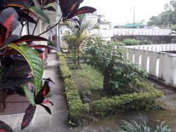HOTEL ECOLOGICO RIVERSIDE, AV. QUITO ATRÁS PANTA DE AGUA POTABLE 3 PISOS, 120302, Quevedo
