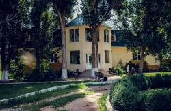 Baza Otdykha Rosinka, Приволжский р-н, в 1,5 км юго-западнее с. Растопуловка, 416476, Rastopulovka