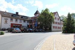 Wirtshaus & Hotel Goldener Greif, Sulzbacher Str. 5, 92265, Edelsfeld