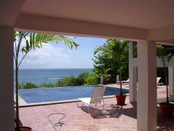 Sur La Mer, Bonaire Marisule,, Corinthe