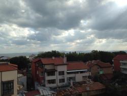 Siltours Apartment, ul.Tvarditsa 13 fl. 5 ap. 27, 8016, Sarafovo