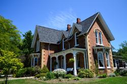 The Iron Kettle Bed and Breakfast, 7005 County Rd 46 BOX 218, N0P 1J0, Comber