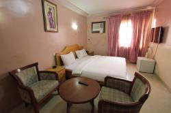 Ree-Danielles Hotel, 6 Emmanuel High Street,, Ogudu