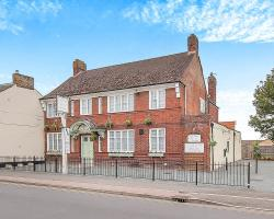 VS King William, 107 High St, PE15 9LH, March