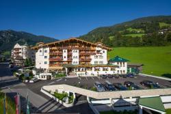 Hotel Neue Post, Johann-Sponring-Straße 81, 6283, Hippach