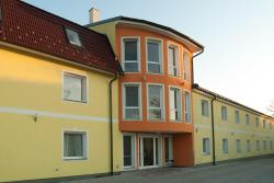Hotel Radlinger, Lanzendorfer Str. 10, 2325, 欣贝格