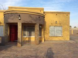 Convinient Guesthouse, Nkoyaphiri 393,, Mogoditshane